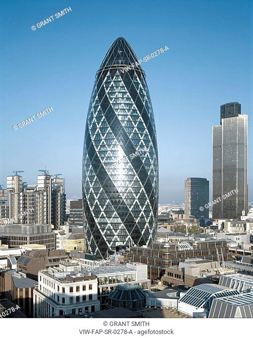 SWISS RE, 30 ST MARY'S AXE, LONDON, EC3 FENCHURCH, UK, FOSTER & PARTNERS, EXTERIOR, CITY OF LONDON FROM THE EAST + LLOYD'S, 30ST MARY AXE, LONDON STOCK EXCHANGE