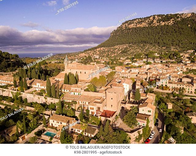 Cartuja and palace of King Sancho, Valldemossa, Sierra de Tramuntana, Mallorca, Balearic Islands, spain, europe