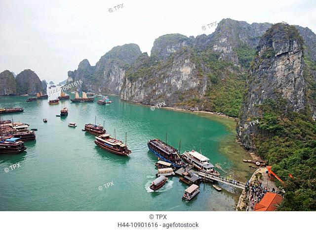 Asia, Vietnam, Halong Bay, Halong, Boat, Boats, Junk, Junks, UNESCO, UNESCO World Heritage Sites, Tourism, Travel, Holiday, Vacation