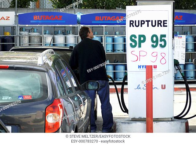 During a recent work stoppage, gas supplies in France ran low. This station is out of unleaded 95 and 98 rated gas