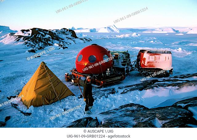 Apple hut and polar pyramid tent at ANARE field camp, Near Mawson Station, Australian Antarctic Territory. (Photo by: Auscape/UIG)
