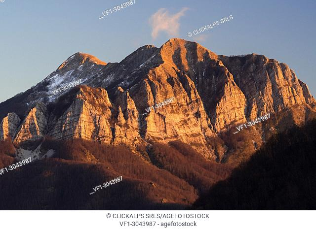 Corchia Mount, Apuan Alps, Lucca province, Tuscany, Italy, Europe
