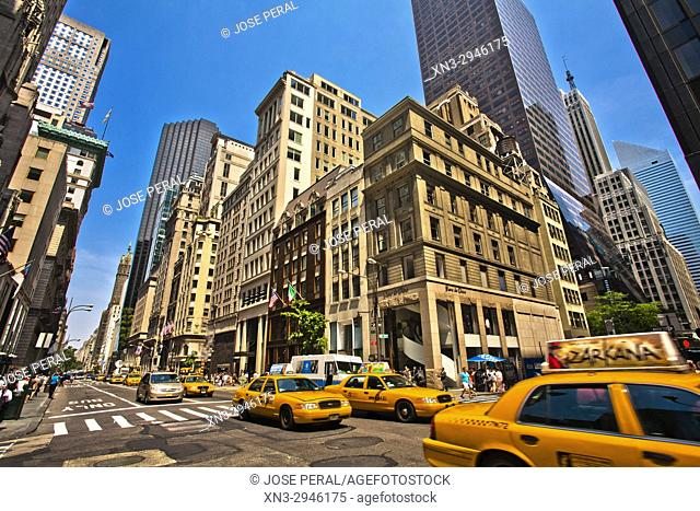 Fifth Avenue and East 53th Street, 5th Avenue, Midtown, Manhattan, New York City, New York, USA