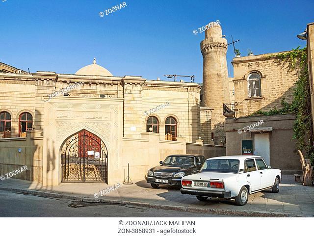 architecture in baku azerbaijan street