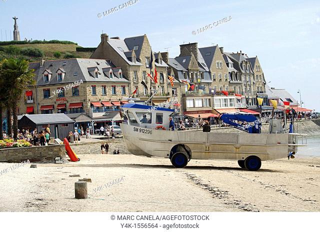 Europe,France,Bretagne, Brittany Region, Cancale village Boat or Truck