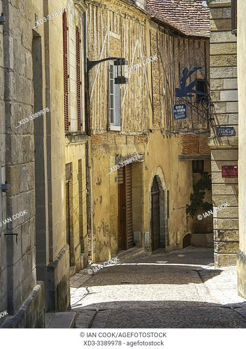 Rue Gaudra, Bergerac, Dordogne Department, Nouvelle Aquitaine, France