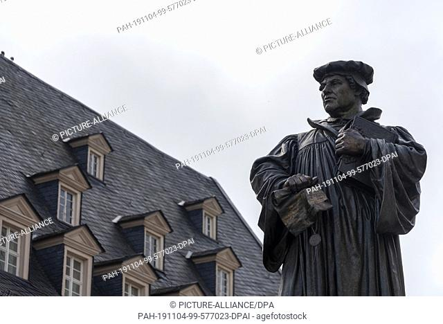 24 October 2019, Eisleben: 23.10.2019, Saxony-Anhalt, Eisleben: The Luther Monument in Eisleben. It stands on the market square of the former mining town
