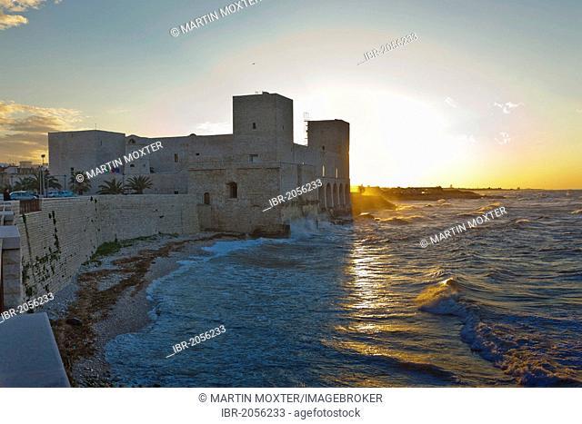 Trani Castle, the fortress of Trani, Apulia, Puglia, Southern Italy, Italy, Europe