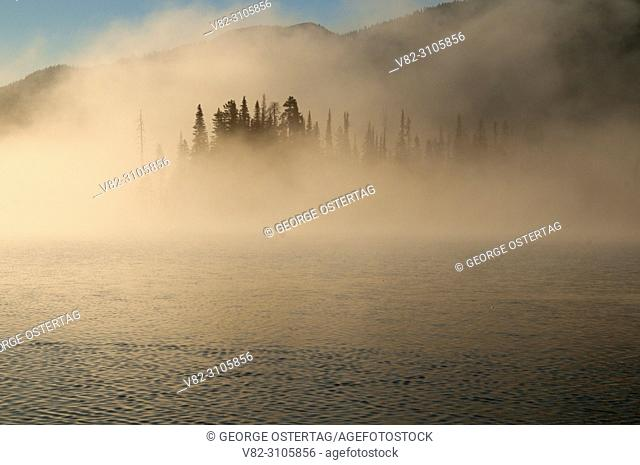 Sparks Lake with fog, Cascade Lakes National Scenic Byway, Deschutes National Forest, Oregon