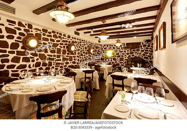 Dining room, Tables to eat, Restaurante Juanito Kojua, Parte Vieja, Old Town, Donostia, San Sebastian, Gipuzkoa, Basque Country, Spain
