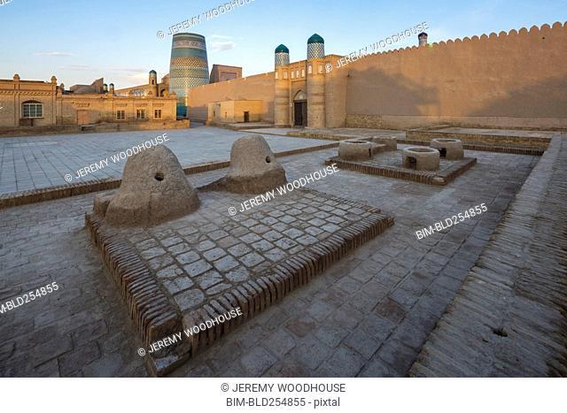 Walls around traditional plaza
