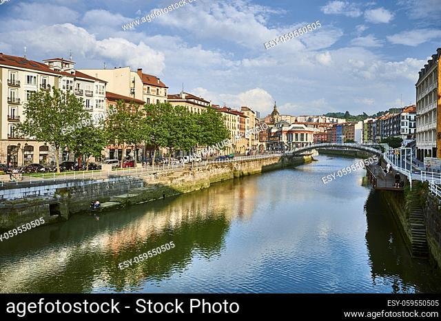 View of the Nervion river and La Ribera Bridge and market, Bilbao, Bizkaia, Basque Country, Euskadi, Euskal Herria, Spain, Europe