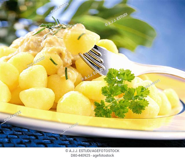 Gnocchi with sauce