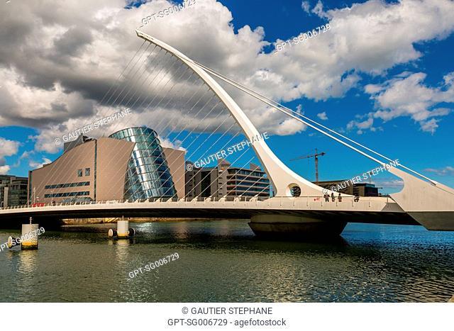 SAMUEL BECKETT BRIDGE AND THE CONVENTION CENTRE DUBLIN (CCD), THE DOCKLANDS, DUBLIN, IRELAND
