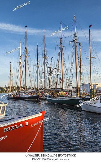 USA, New England, Massachusetts, Cape Ann, Gloucester, Gloucester Schooner Festival, schooners, dusk