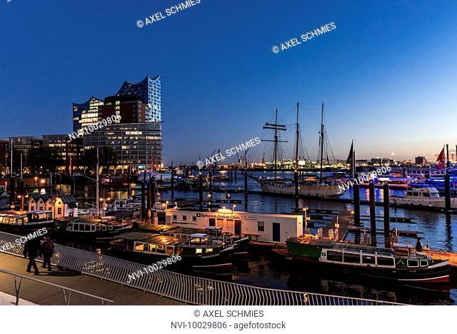 Elbe Philharmonic Hall and city marina, Hamburg, Germany, Europe
