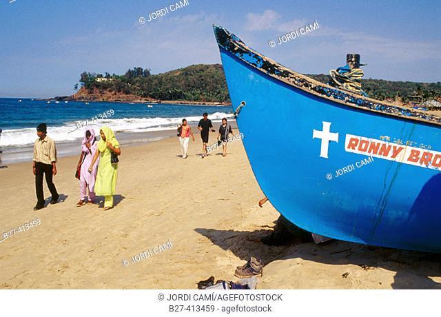 Local tourists on Baga beach. Goa, India
