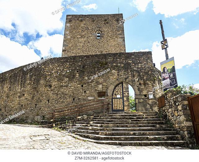 Castillo. San Martín del Castañar. Sierra de Francia. Salamanca. Castilla León. España