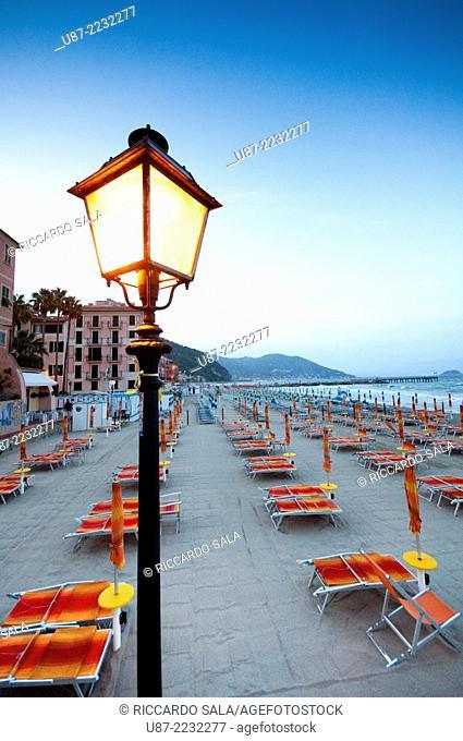 Italy, Liguria, Laigueglia, Beach at Dusk