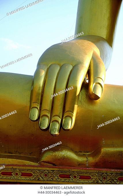 Asien, Thailand, Chonburi, Pattaya, Hand des goldener Buddha, Wat Phra Yai0