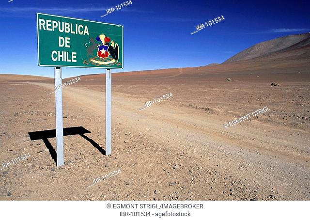 Sign at the chilean, bolivian border near Laguna verde, Chile