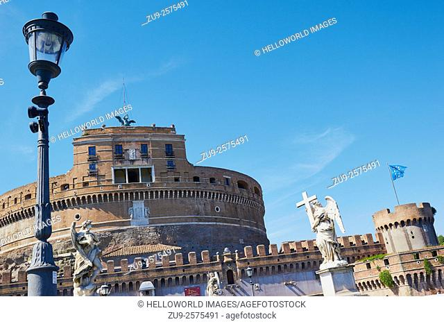 Sculptures on Ponte Sant'Angelo leading to Castel Sant'Angelo, Rome, Lazio, Italy, Europe. . Designed and built by Hadrian as his own mausoleum