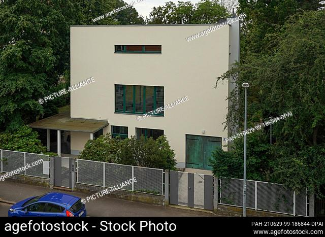 29 June 2021, Saxony, Zwenkau: The exterior view of Haus Rabe, a residential and practice house for the doctor Erich Rabe