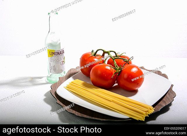 spaghetti and tomato italian recipe