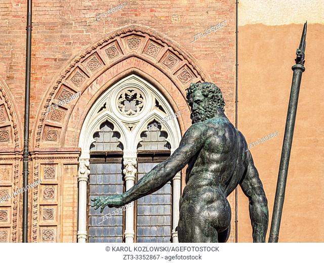 Fountain of Neptune, Piazza del Nettuno, Bologna, Emilia-Romagna, Italy
