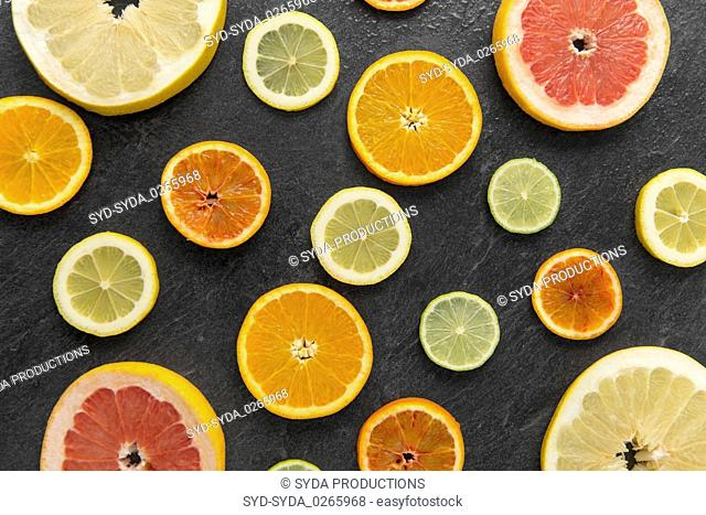 close up of different citrus fruit slices