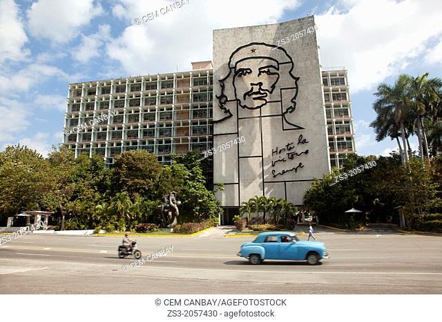 Depiction of Ernesto 'Che' Guevara on the facade of the Interior of the ministry building, Plaza de la Revolucion square, Havana, Cuba, Central America