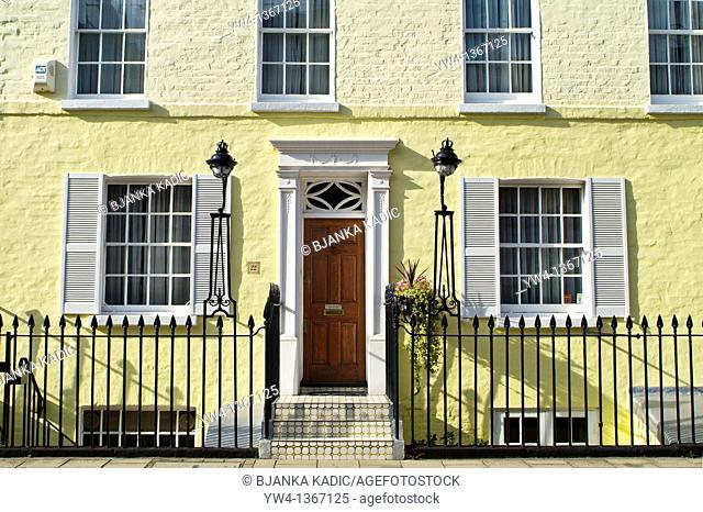 Yellow House in residential area of Knightsbridge, London, UK