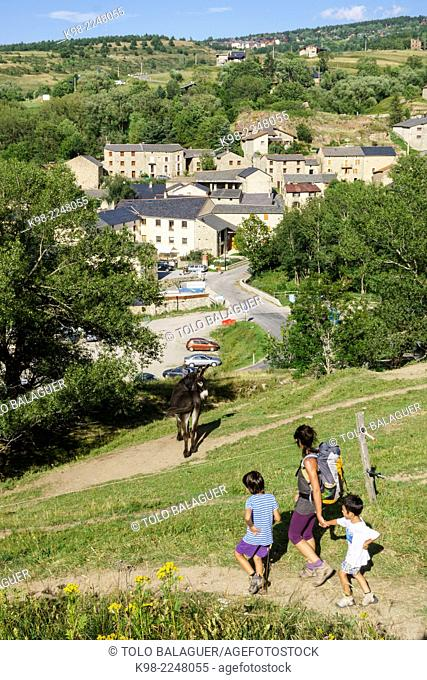 sendero arqueologico de Eyne, pirineos catalanes, comarca de Capcir, Francia