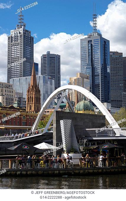 Australia, Victoria, Melbourne, Central Business District, CBD, Yarra River, high rise, buildings, skyscrapers, Southbank Footbridge, Footbridge