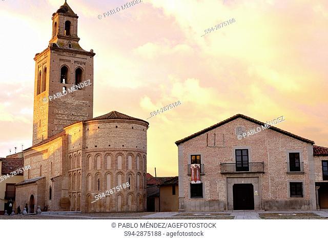 Church of Santa Maria. Plaza de la Villa or Main square of Arevalo, Avila, Spain