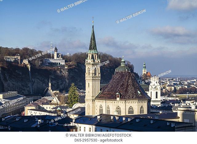 Austria, Salzburgerland, Salzburg, Franziskanerkirche church, elevated view