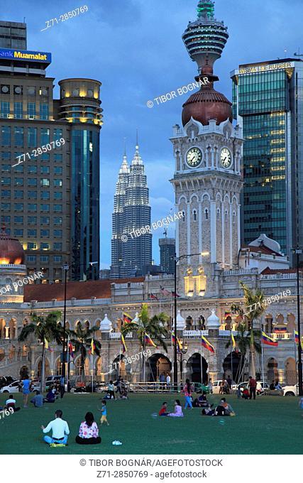 Malaysia, Kuala Lumpur, Merdeka Square, skyline, Sultan Abdul Samad Building, people,