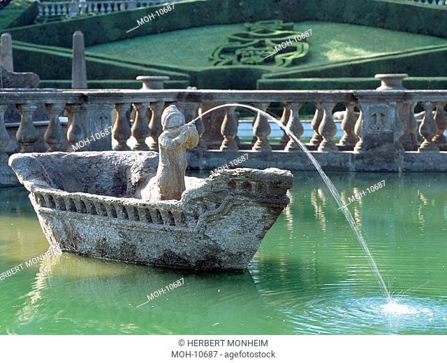 Fontana del Quadrato Mohrenbrunnen, Steinerne Boote