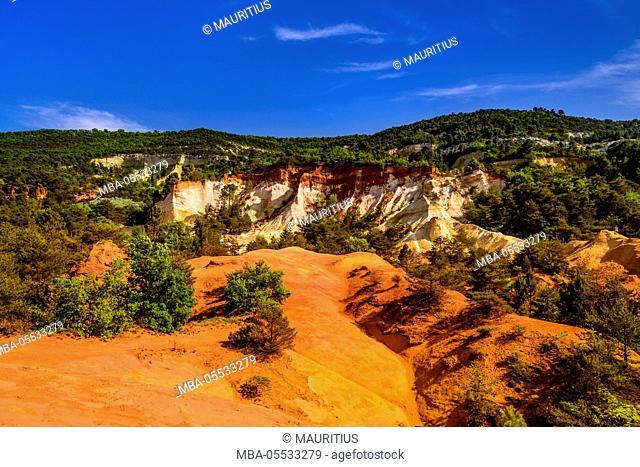 France, Provence, Vaucluse, Rustrel, Colorado of Rustrel, ocher quarries