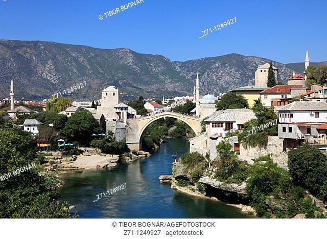 Bosnia and Herzegovina, Mostar, skyline, Old Bridge, Neretva River