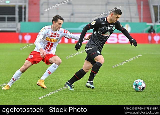 07 April 2021, Bavaria, Regensburg: Football: DFB Cup, Jahn Regensburg - Werder Bremen, quarter-final at Jahnstadion Regensburg