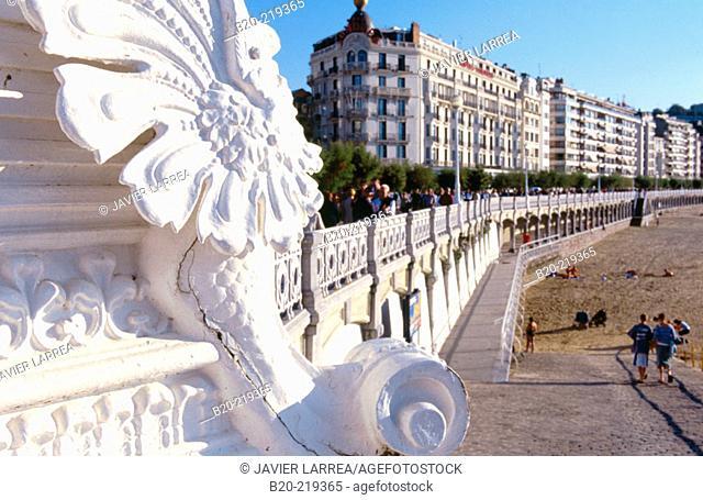 Paseo de la Concha. Hotel Londres. San Sebastian. Euskadi. Spain