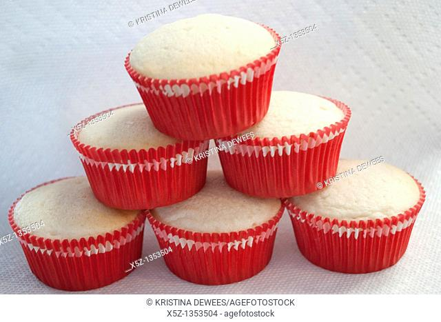 A pyramid of cupcakes