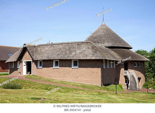 Catholic church with thatched roof, Baltrum, East Frisian Islands, East Frisia, Lower Saxony, Germany