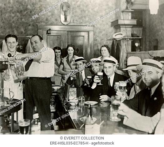 Men enjoying 3.2% beer on the 4th of July in Bangor, Maine, 1933. (BSLOC-2013-8-146)