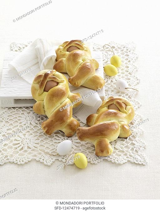 Bambole di pasqua (bread dolls with Easter eggs, Italy)