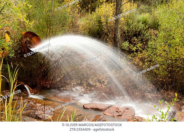 "In the Northwest of the Province of León is located the """"Sierra del Teleno"""" is an area of abundant underground springs that the locals channeled into swamps"