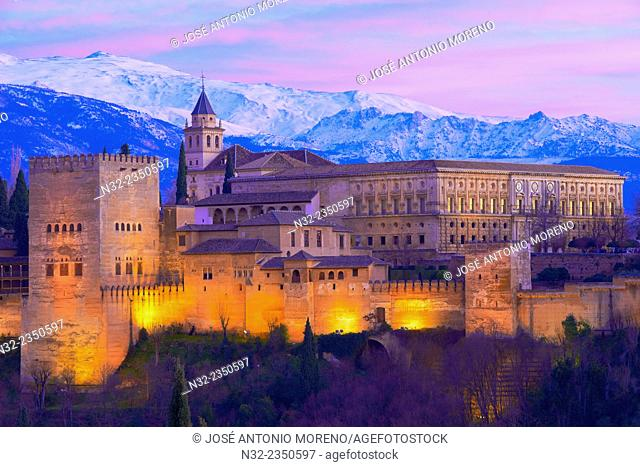 Alhambra, UNESCO World Heritage Site, Sierra Nevada and la Alhambra at Dusk, Granada, Andalusia, Spain