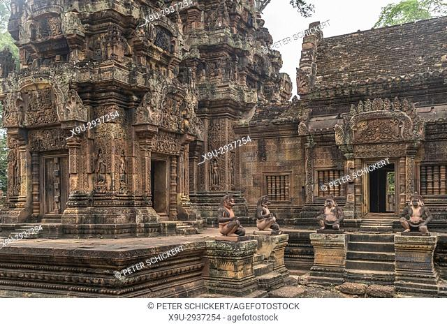 hinduistische Tempelruine Banteay Srei, Angkor Region, Kambodscha, Asien | hindu temple ruin Banteay Srei, Angkor region, Cambodia, Asia