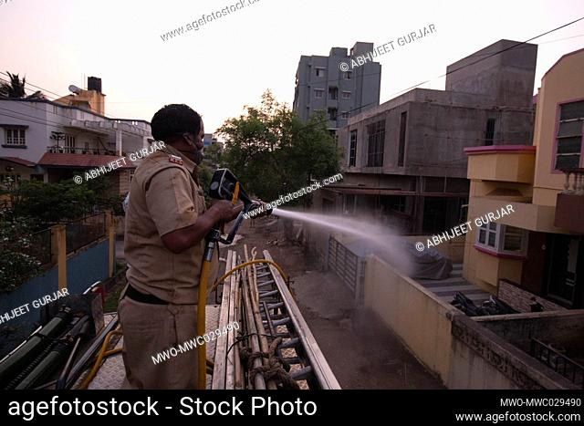 KOlhapur district has found 3 postive cases till date, Kolhapur municipal corporation fire fighters started spraying cleaning disinfectant in residential areas...